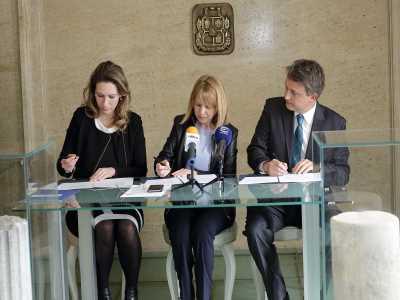 """Столичната община подписа споразумение за сътрудничество в областта на иновациите с """"Клийнтех България"""" и InnoEnergy"""